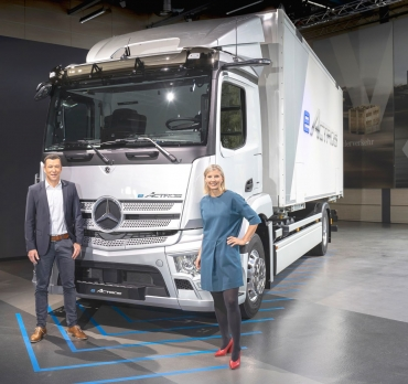 MERCEDES-BENZ TRUCKS SHAPING THE NOW & NEXT 2021