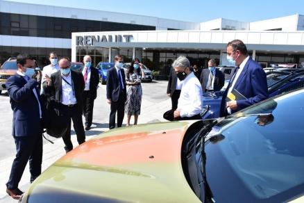 Luca de Meo, noul şef al Renault, a făcut prima vizită externă în România