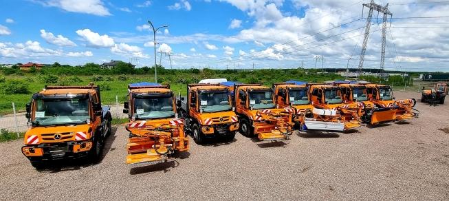 Mercedes-Benz Trucks&Buses România și CTE Solution livrează primele 45 de vehicule multifuncționale Unimog la CNAIR