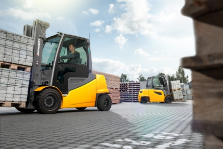 Jungheinrich Rental Fleet Management for hagebau Logistik